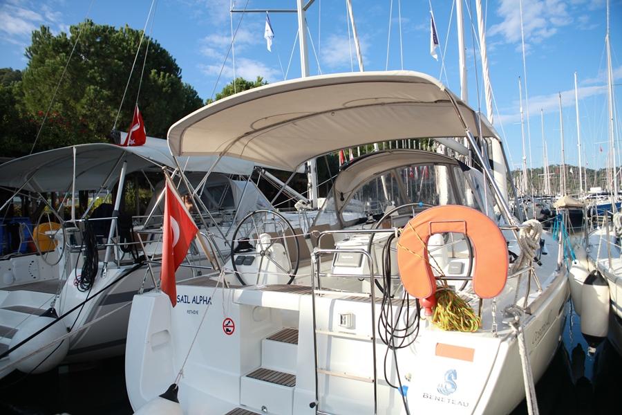 Sailing Alpha 40