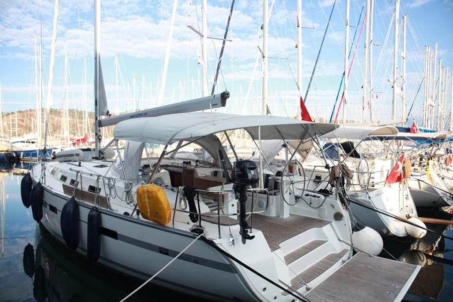 Sailing Bravo 45