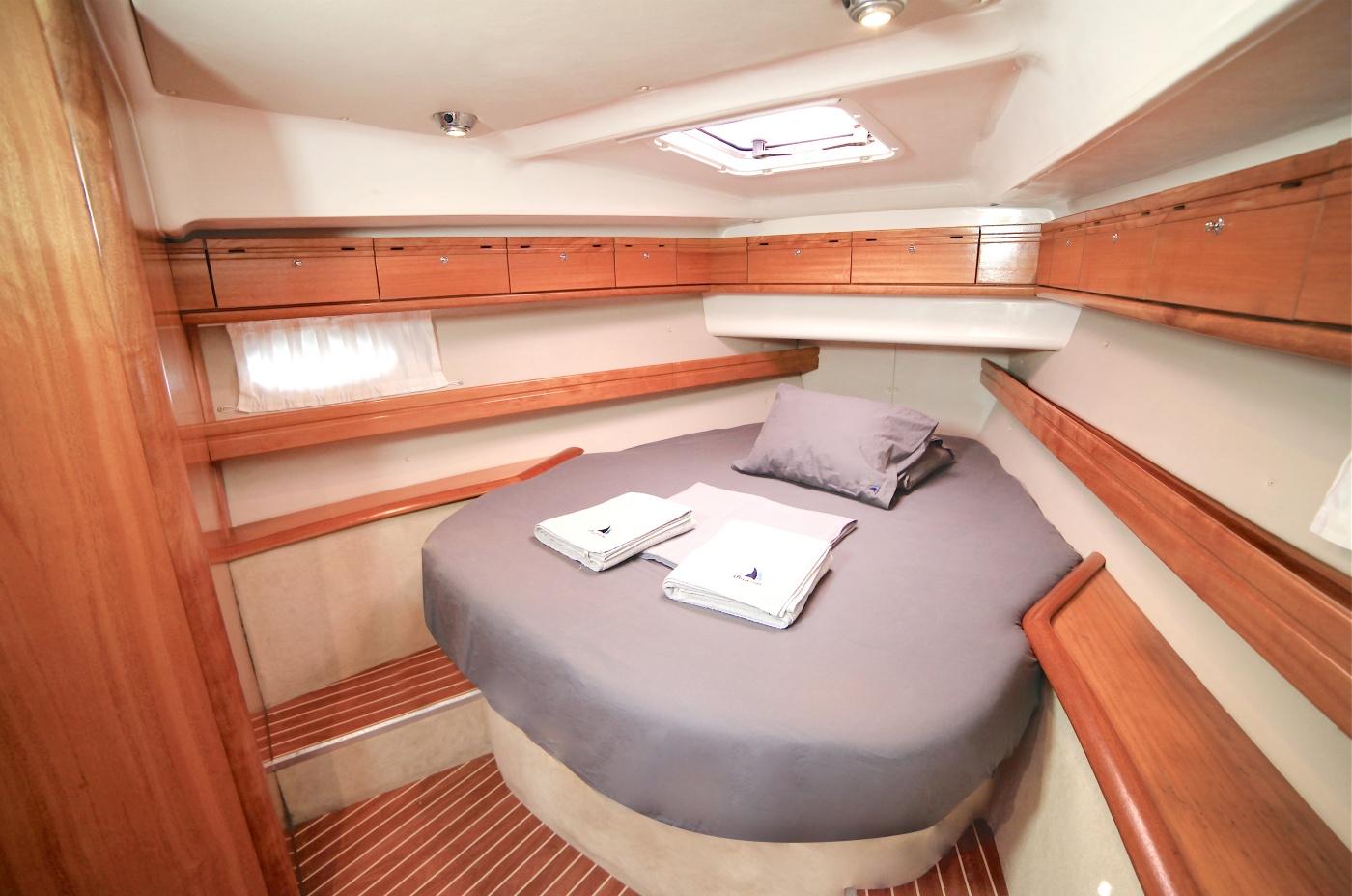 Sailing Pollux 46