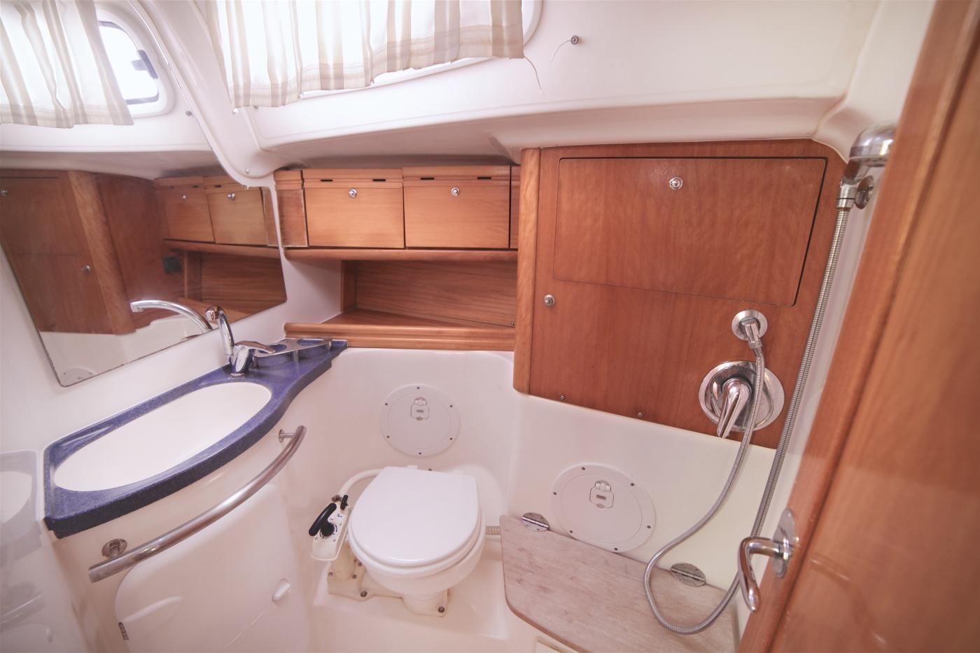 Sailing Srius 50